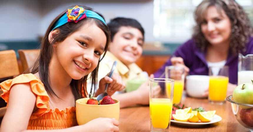 Kahvaltı yapan çocukların okul başarısı artıyor