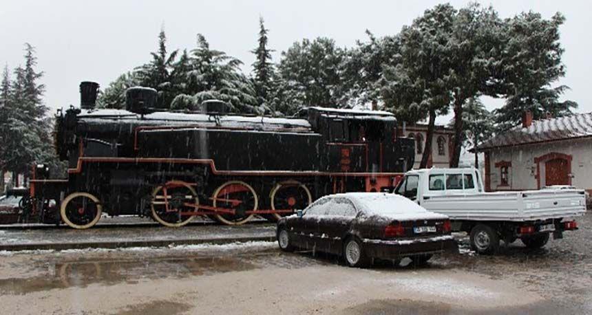Amasya'da mevsimin ilk karı yağdı