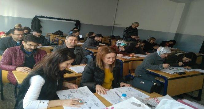 Öğretmenlere gönüllü eğitim