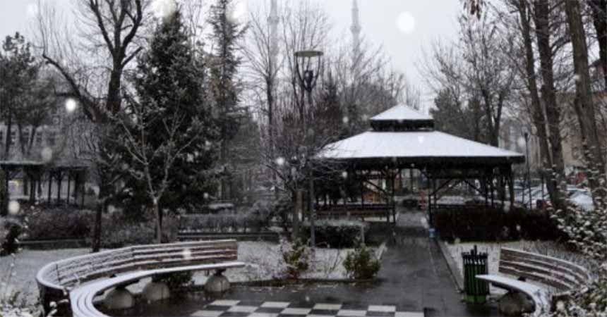 Havza'da kar yağışı etkili oldu