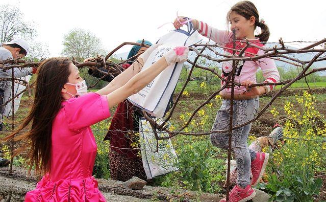 Köylere 23 Nisan sürprizi