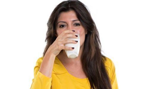 Tok kalmak için sahurda süt için