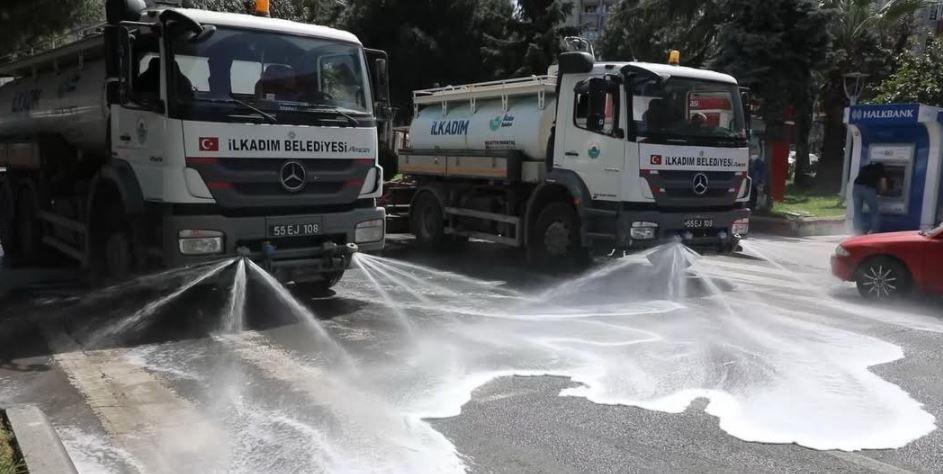İlkadım'da sokaklar yıkandı