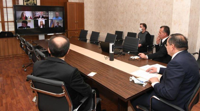 Kardeş şehirle online toplantı
