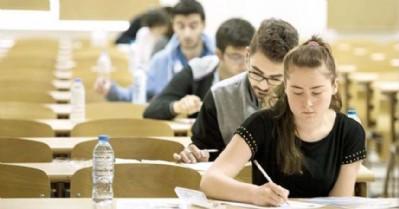 Üniversiteye girişte 'çoktan seçmeli' sınav!