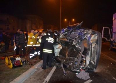 Bafra'da trafik kazası: 1 ölü, 1 yaralı